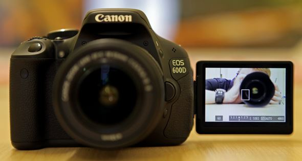 Harga dan Spesifikasi Kamera Canon EOS 600D Terbaru